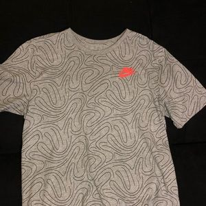 Nike Large Athletic Cut Styled Tee